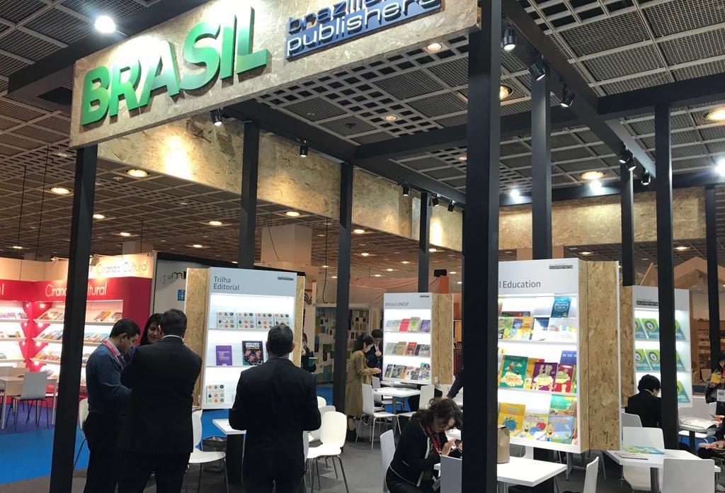 Editoras brasileiras de gênero científico e acadêmico participam da Feira do Livro de Frankfurt