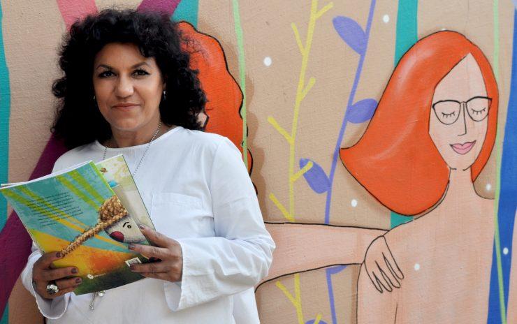 """Elisabete da Cruz: """"cada escrita representa um desafio de tornar a literatura acessível e instigante no universo infantil"""""""